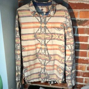 On The Byas Men's Button Down Shirt Sz L